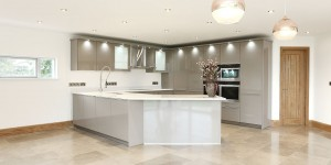 Large modern kitchen with open plan dining area.